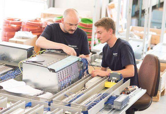 Ideen in Automation – bei Weigert Elektronik treffen Erfahrung und frische Ideen aufeinander